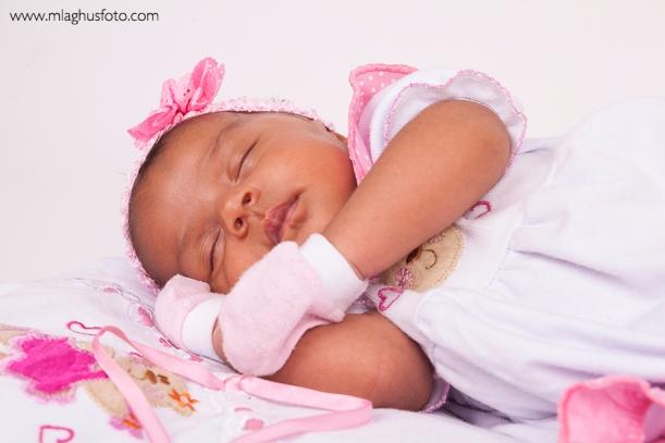 Ensaio newborn recém nascido salvador lauro de freitas bebê profissional fotografia fotógrafo mlaghus  vilas do atlântico (7)