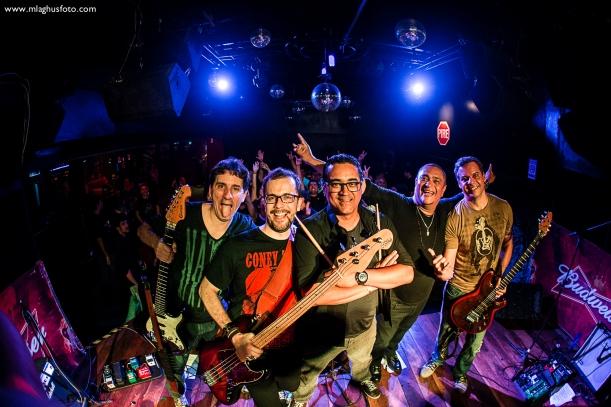 Show cobertura fotográfica mlaghus profissional fotografia banda the broadcaster groove bar barra salvador (16)